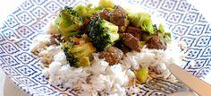 Roergebakken biefstuk met broccoli en rijst