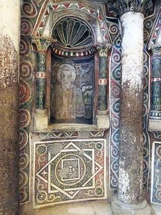 Painted niche from Red Monastery in Egypt, century. Early Christian, Christian Art, St Anthony's, The Transfiguration, Church Architecture, Orthodox Icons, Ikon, Egyptian, Patterns