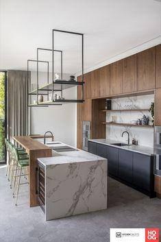 Kitchen Room Design, Modern Kitchen Design, Home Decor Kitchen, Interior Design Kitchen, Home Kitchens, Marble Kitchen Inspiration, Bathroom Design Inspiration, White Marble Kitchen, Marbel Kitchen