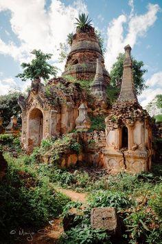 Ancient Pagodas - Shwe Inn Thein, Inle Lake, Burma