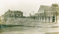Plaistow Station - still looks a lot like this x
