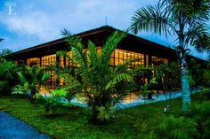 Atrévete a disfrutar de la elegancia, la versatilidad y la amplitud de los espacios que #ZonaE pone a tus disposición en #CasaBali. www.zonae.com