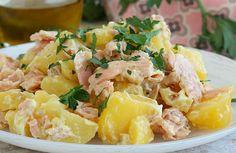 Salade de pomme de terre au saumon frais WW, recette d'une savoureuse salade légère et froide, à base de pomme de terre et de saumon, facile et simple Ww Recipes, Healthy Recipes, Weigh Watchers, Healthy Treats, Healthy Food, Entrees, Potato Salad, Food And Drink, Nutrition