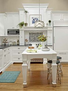 Kitchen Design & Remodeling : A Seaside Cottage Looks Small Lives Large