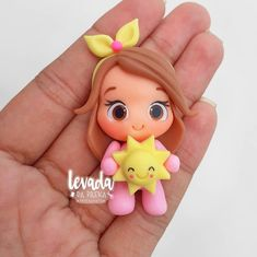 Polymer Clay People, Polymer Clay Dolls, Polymer Clay Charms, Doll Crafts, Clay Crafts, Clay Owl, Mothers Day Crafts For Kids, Clay Mugs, Fondant Toppers