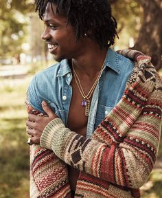 """""""I can leave you speechless."""" –Raury Can you? Casual Shirts For Men, Men Casual, Mens Outfitters, Eagle Outfitters, Vintage Street Fashion, Cute Clothes For Women, Black Men, Man Faces, Cute Outfits"""