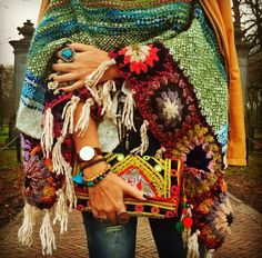 beautiful colors and patterns, boho, hippie, handmade Winter Hippie, Boho Hippie, Boho Gypsy, Hippie Style, Bohemian Mode, Gypsy Style, Bohemian Style, Bohemian Jewelry, Look Boho Chic