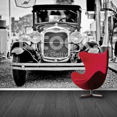 Fotobehang vintage old car | Maak het jezelf eenvoudig en bestel fotobehang voorzien van een lijmlaag bij YouPri om zo gemakkelijk jouw woonruimte een nieuwe stijl te geven. Voor het behangen heb je alleen water nodig!   #behang #fotobehang #print #opdruk #afbeelding #diy #behangen #zwartwit #oldtimer #klassieker #auto #vintage