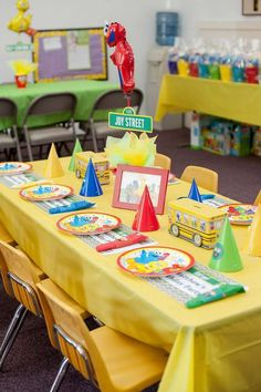 Decorated table at a Sesame Street birthday party! See more party ideas at CatchMyParty.com!