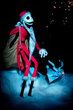 Disneyland Haunted Mansion Holiday // Jack Skellington and Zero // Halloween at Disneyland