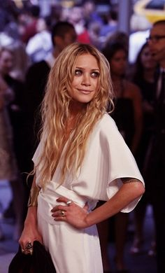 Mary-Kate Olsen's favorite accessory? A whopping cup o' joe from Starbucks!