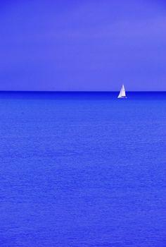 Sail boat by Derek Evans
