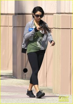 fdc27d3ffcd90 ... Vanessa Hudgens Change the Way You Look at Things vanessa hudgens gym  water bottle new specials ...