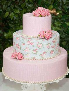 55 New Ideas shabby chic party food fake cake Cumpleaños Shabby Chic, Shabby Chic Cakes, Shabby Chic Baby Shower, Wedding Cupcakes, Birthday Cupcakes, Birthday Parties, Wedding Cake, Chic Wedding, Girl Birthday