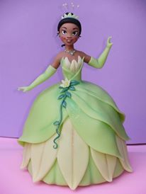 clay Princesa Tiana, Dolly Varden Cake, Jasmine Cake, Human Doll, Fondant Animals, Barbie Cake, Dress Cake, Chocolate Bouquet, Ceramics Projects
