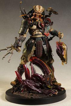 Samurai Predator 1/6th action figure by Hot Toys