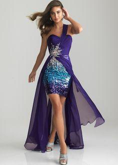 Original y divertido, un #vestido asimétrico e irregular para los #15años