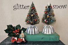 Vintage Jello Mold Bottle Brush Tree & Mercury by JenniferAllison Vintage Christmas Crafts, Retro Christmas, Rustic Christmas, Holiday Crafts, Christmas Past, Christmas Projects, All Things Christmas, Homemade Christmas, Christmas Diy