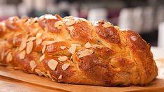 Jaké by to byly Vánoce bez vánočky. Baked Potato, Bread Recipes, Smoothies, Rolls, Food And Drink, Pie, Baking, Ethnic Recipes, Buns