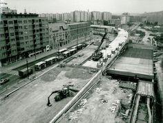 A nap képe: épül a felüljáró a Flórián téren Hungary, Budapest, Railroad Tracks, The Past