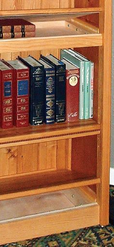 Bookcase with Secret Compartment Storage Shelf Lifts to Access Hidden Storage These bookshelf plans from Canadian Woodworking show exactly how to build Hidden Gun Storage, Secret Storage, Hidden Shelf, Hidden Spaces, Hidden Rooms, Hidden Compartments, Secret Compartment, Secret Space, Secret Rooms