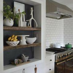 Duvarlarınızı Güzelleştirecek Niş Modelleri-50 Adet   Evde Mimar Kitchen Cart, Bathroom Medicine Cabinet, Nissan, Sweet Home, Shelves, Home Decor, Creative, Shelving, Decoration Home