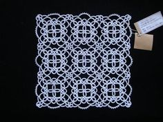 TinyHouse / タティングレースの手編みドイリー*角型S