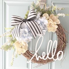 Just added this beauty to the shop! This gorgeous southern-inspired wreath is a MUST for the upcoming season! I'm so giddy with how this one turned out! Shop link in bio! #Hello #Wreath #ShopSmall #Etsy #Spring #ChathamLaneBoutique