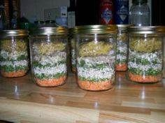 Minestrone Soup Gift Mix in a Jar Ingredients cup red lentil cup split peas cup barley cup beef bouillon granules (use veg) 2 tbsps parsley flakes 3 tbsps onion flakes tsp thyme tsp black pepper 1 tsp basil cup alphabet pasta (approximately) Dry Soup Mix, Soup Mixes, Spice Mixes, Great Recipes, Soup Recipes, Cooking Recipes, Epicure Recipes, Favorite Recipes, Jar Gifts