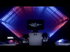 ▶ Intelligent Sounds: Intel's tablet powered band - YouTube