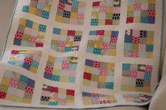Decke mit Quadraten
