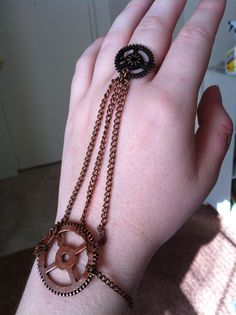 Okay, now THAT'S a cool steampunk accessory (Repinning because I know the maker of the accessory! :) )