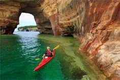 Beautiful Pictured Rocks National Lakeshore. Lake Superior. I would like to do this someday.