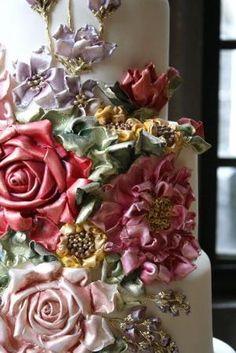 custom wedding cakes toronto by Shoespie-reviews