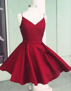 f460ca1b67259 Red Spaghetti Straps V-neck Backless Homecoming Dresses With Bowknot