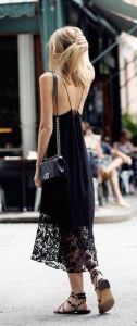 Allwomenstalk Streetstyle brings you the latest street style looks, latest fashion influencers' photos, and street style inspiration hot off the prress. Looks Style, Style Me, Daily Style, Style Hair, Vestidos Neon, Moda Chic, Mode Inspiration, Inspired Outfits, Street Chic