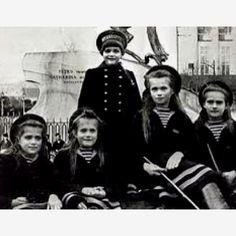Romanov children on Polar Star yacht.