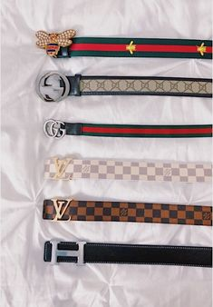 Find tips and tricks, amazing ideas for Gucci purses. Discover and try out new things about Gucci purses site Fashion Belts, Teen Fashion Outfits, Mode Outfits, Trendy Outfits, Luxury Belts, Luxury Jewelry, Handbag Accessories, Jewelry Accessories, Fashion Accessories