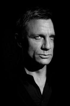 "Portrait Daniel Craig ""Sexiness, particularly in movies Daniel Craig, Craig 007, Craig Bond, Craig James, Robert Mapplethorpe, Gorgeous Men, Beautiful People, Behind Blue Eyes, Annie Leibovitz"