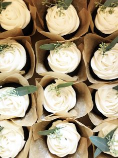 Simple White Vanilla Roses with Eucalyptus wedding cupcakes dulces tofi White Wedding Cupcakes, Wedding Shower Cupcakes, Rustic Cupcakes, White Cupcakes, Fall Wedding Cakes, Wedding Desserts, Wedding Ideas, Fun Desserts, Wedding Stuff
