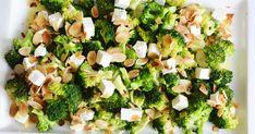 sałatka z fetą i brokułami,sałatka z brokułami , fetą i migdałami prażonymi, zdrowa sałatka, przepisy fit, przepisy na przekąski, zdrowe sałatki