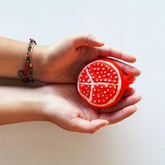 Yaratıcılığınızı konuşturun :) Oyun hamurunu alın ve renkli meyveler yapın, hayata başka bakın!