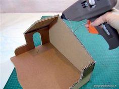 Tutoriel fabrication crèche en carton - assemblage du toit 2