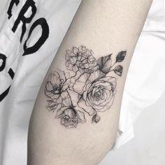 INSPO ⚡️ Worth a trip to Seoul @tattooist_flower Amazing