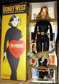 John Kenneth Muir's Reflections on Cult Movies and Classic TV: Action Figure of the Week: Honey West (Gilbert) Vintage Toys 1960s, 60s Toys, Retro Toys, Vintage Barbie, Vintage Dolls, Doll Toys, Gi Joe, James Bond Party, Barbie Box
