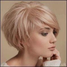 Cute Frisuren Kurze Damen Frisuren 2018 Top Frisuren Frisuren 2018 ... #Frisuren #HairStyles 30 Bilder Kurzhaarschnitt für Frauen Neue 2018