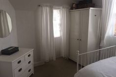 Double bedroom 3695/2noci Double Bedroom, Edinburgh, Curtains, Home Decor, Couple Room, Blinds, Decoration Home, Double Room, Room Decor