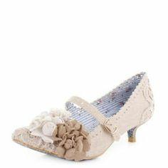 a0c47a29c34d Irregular Choice Daisy Dayz Off White Low Kitten Heel Court Shoes Uk Size