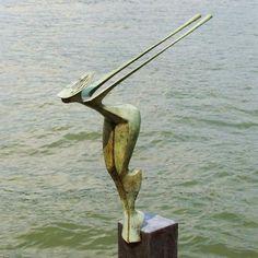 Kunst - brons beeld - Plons - Eric Goede