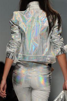 Blumarine metallic silver fluorescence. #runway #metallic